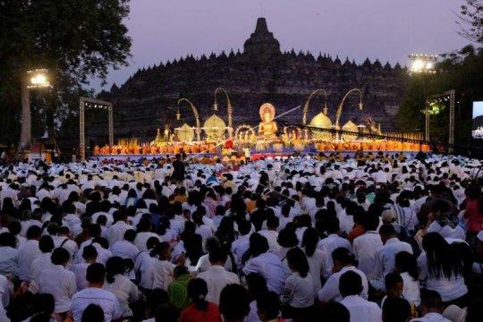 Perayaan Maha Puja Asadha Page 1 Small