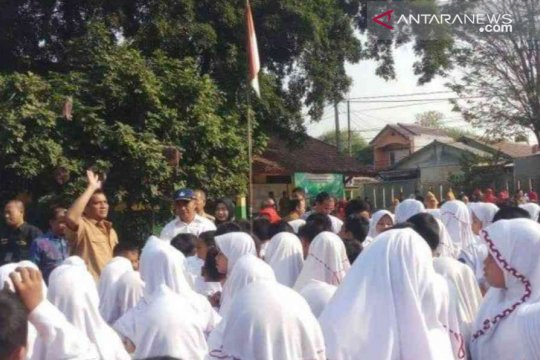 Mendikbud kunjungi SD Bekasi di hari kedua masuk sekolah