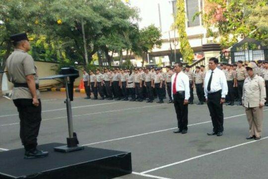 Polres Jakarta Utara beri penghargaan kepada 27 anggota berprestasi