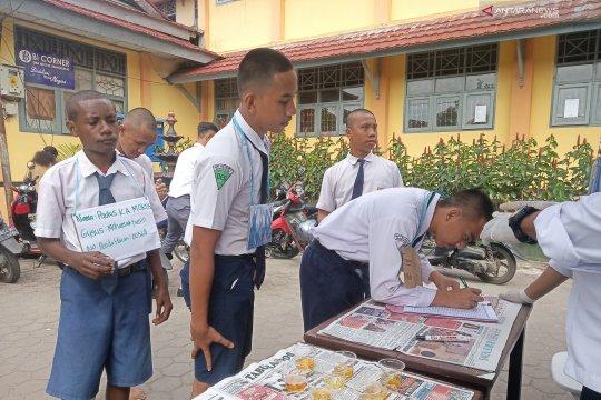 Ratusan siswa baru SMAN 1 Manokwari jalani tes Narkoba