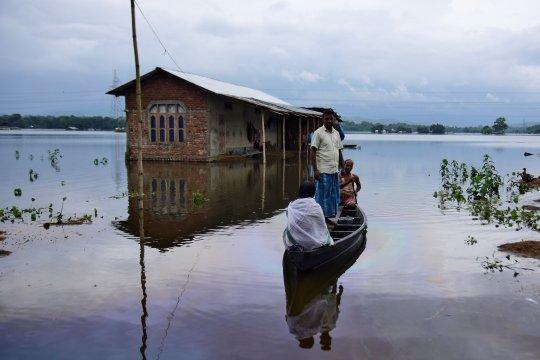 Jutaan orang terkena dampak akibat banjir di India
