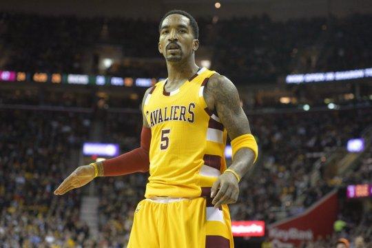 Dilaporkan gabung ke Lakers, JR Smith segera reuni dengan LeBron James