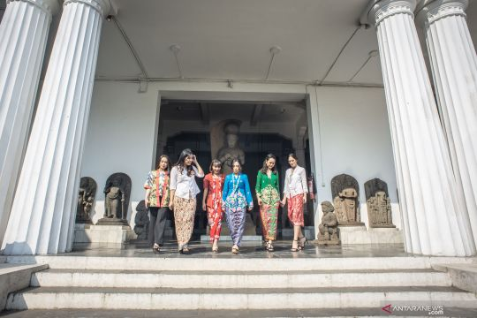 Gerakan Indonesia berkebaya