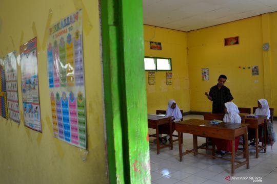 SD terpencil di Jombang minim siswa