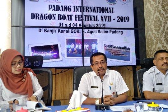 Padang gelar lomba napak tilas kenang perjuangan Bagindo Azis Chan