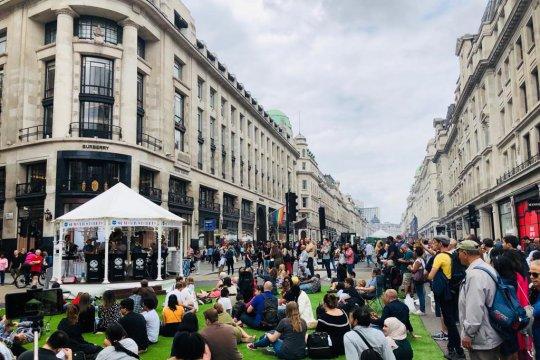 Festival musim panas peringati 200 tahun Regent Street London