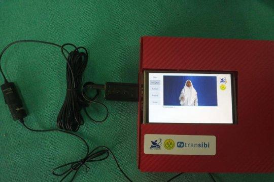 Mahasiswa UNJ  hadirkan alat bantu berkomunikasi dengan tuna rungu