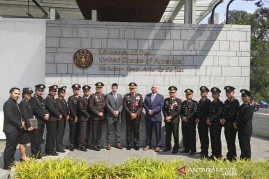 Polres Metro Jakarta Barat dapat Penghargaan dari DEA