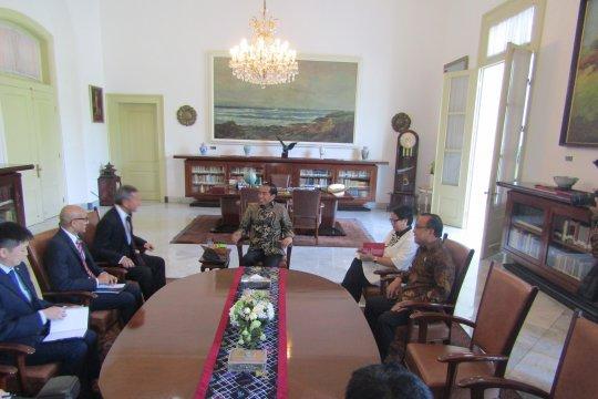 Presiden Jokowi terima menteri luar negeri Singapura di Istana Bogor