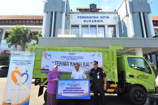 "PT KAI hibahkan ""dump truck"" ke Pemkot Surabaya"