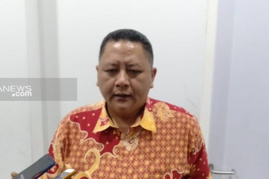 Ketua Bawaslu Surabaya diberhentikan dari jabatannya