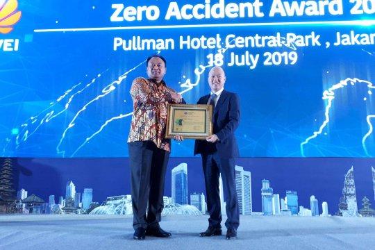 """Huawei terima penghargaan """"zero accident"""" dari Kemnaker"""