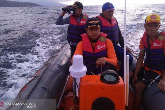 SPKKL Bali Bakamla selamatkan dua nelayan hilang