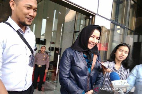 KPK periksa mantan Bupati Kutai Kartanegara Rita Widyasari
