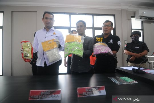 Empat kilogram narkotika asal Malaysia gagal beredar di Kalsel