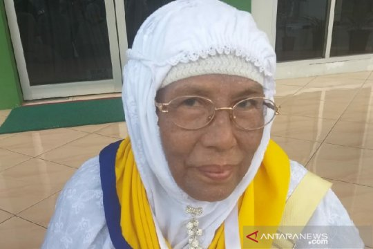 Meskipun cedera, calon haji Tebing Tinggi tetap berangkat ke Mekkah