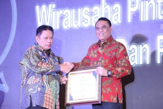Taspen terima penghargaan Top 99 Inovasi Pelayanan Publik 2019 untuk inovasi Wirausaha Pintar