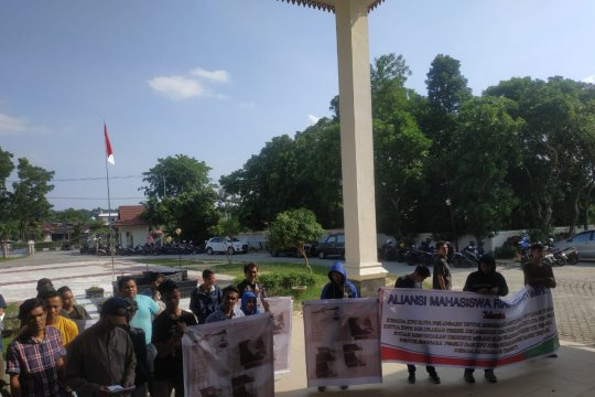 Polisi Pekanbaru akan panggil ahli tentukan pidana dugaan suap KPPS