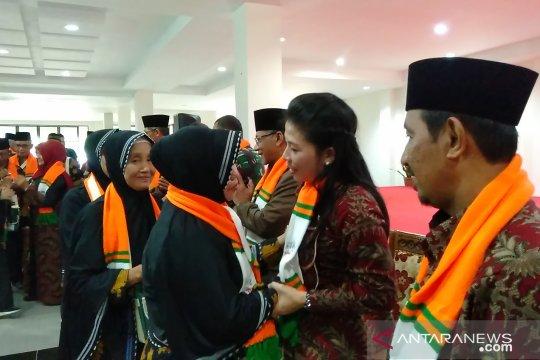 Wali Kota Singkawang lepas keberangkatan 119 Calhaj