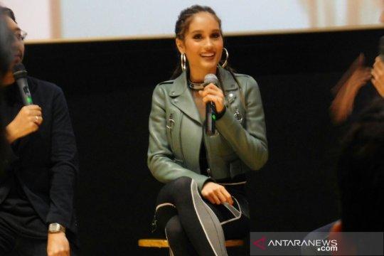 "Cinta Laura tonjolkan genre reggaeton melalui single ""Vida"""