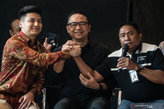 Kasus kartu menu makanan Garuda Indonesia berujung damai