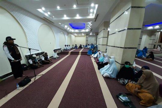 Petugas bimbingan ibadah keliling pondokan jamaah lakukan edukasi haji