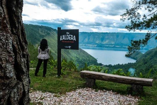 Menpar pastikan fasilitas pendukung Danau Toba dibangun sesuai rencana