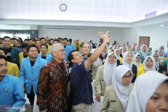 "Kemenko PMK dorong YBM-BRI tambah beasiswa bagi ""Kader Surau"""