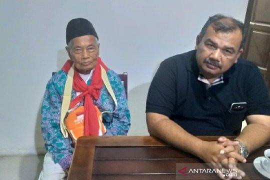 Jamaah haji tertua Padang Sidempuan jual kebunnya naik haji