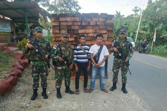 Yonif 328/DGH kembali amankan 170 batang kayu ilegal