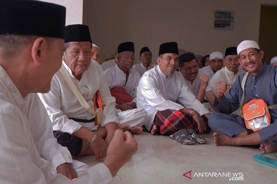 Bimbingan ibadah di pondokan Mekkah