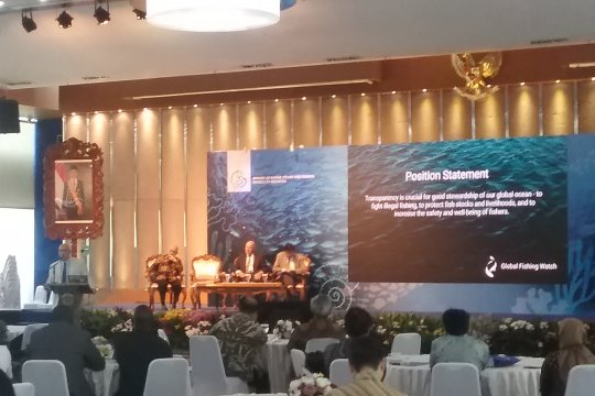 LSM internasional: Publik harus disadarkan bahaya illegal fishing