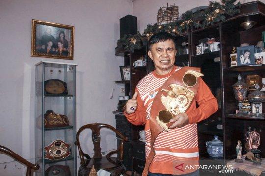 ACT Beri Penghargaan kepada petinju legendaris Ellyas Pical