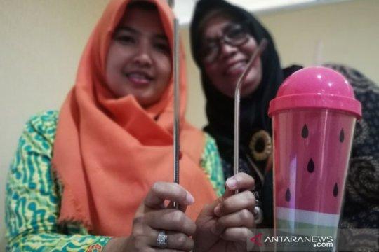 Meneladani gerakan bebas plastik dari timur Jakarta