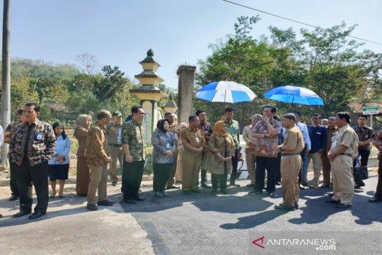 Sri Sultan tinjau perbatasan Provinsi Yogyakarta dan Jawa Tengah