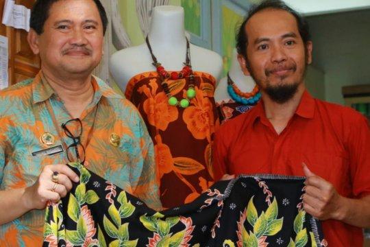 "Batik tulis ""Biru Lancor"" Probolinggo kembangkan motif nuansa klasik"