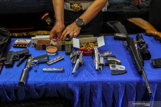 Penggerebekan buronan gembong narkoba