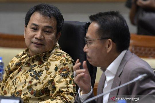 DPR tunggu surat Presiden terkait capim KPK