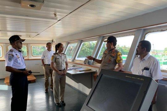 """Kapolda Maluku mengecek pengamanan """"Wonderfull Sail indonesia"""""""