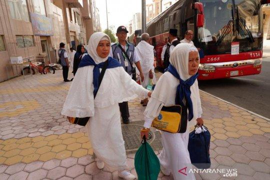 Jamaah diimbau hati-hati seberang jalan di Mekkah