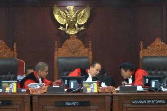 Sidang Pileg, MK minta KPU hadirkan kotak suara TPS 12 Bintan Timur
