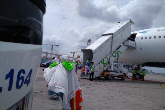 Keberangkatan Kloter 10 embarkasi Banjarmasin sempat tertunda 13 jam