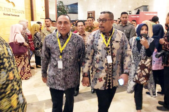 Gubernur : tiket pesawat mahal pengaruhi inflasi Maluku