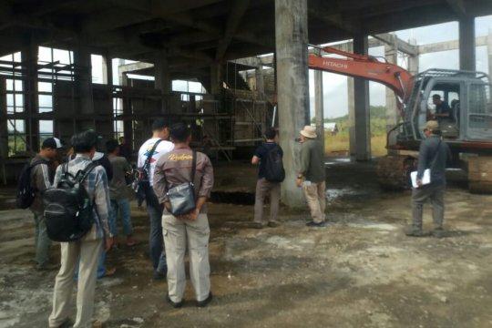 KPK bantu Polda Kalbar cek fisik pembangunan Masjid Agung Melawi