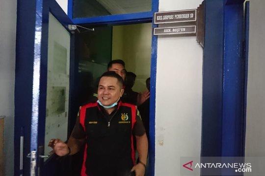 Kejari geledah ruang kerja Kasi Sarpras Disdik Sampang