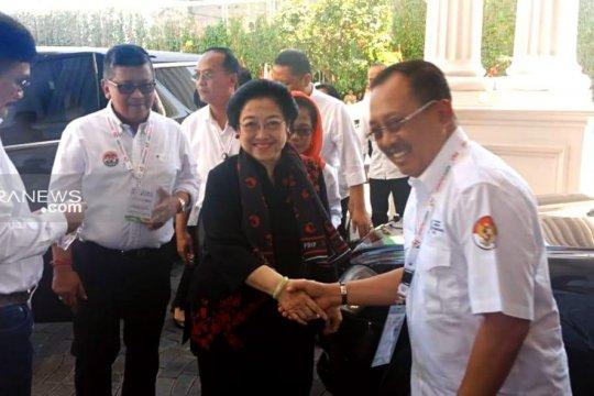 Armudji gandeng Eri Cahyadi maju Pilkada Surabaya 2020