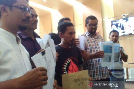 200 orang jamin penangguhan penahanan kepala desa