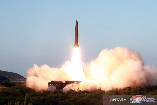 Peluncuran rudal Korea Utara
