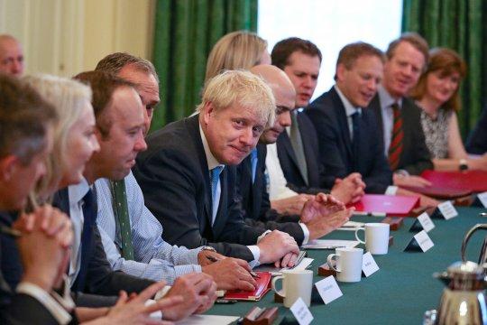 """Menlu Irlandia: PM Johnson """"sangat tak membantu"""" dalam Brexit"""