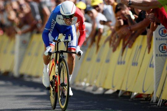 Pinot mundur di etape-19 karena cedera paha